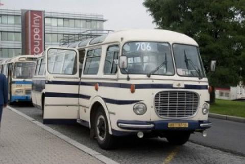 Podívejte se na jízdní řády historických autobusů